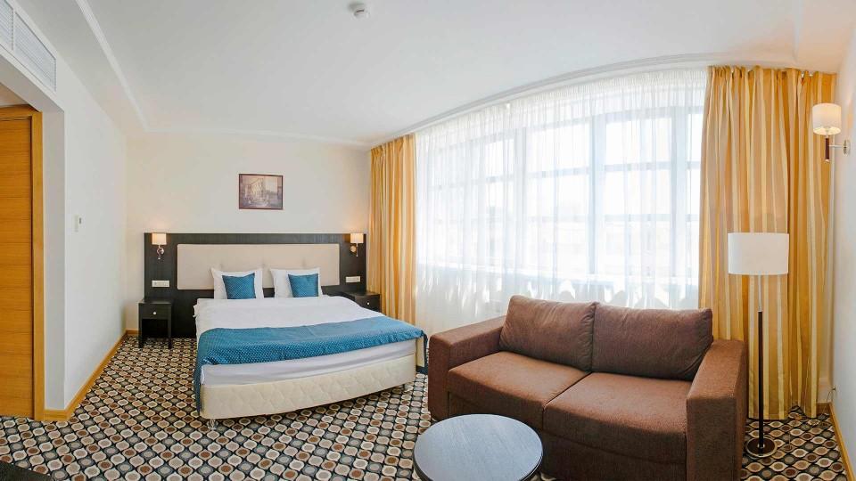 Стандартный номер с одной кроватью. Интерьер. Отель Ногай. Гостиница в Казани.
