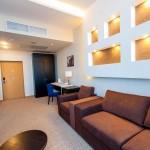 rooms-dlx-03